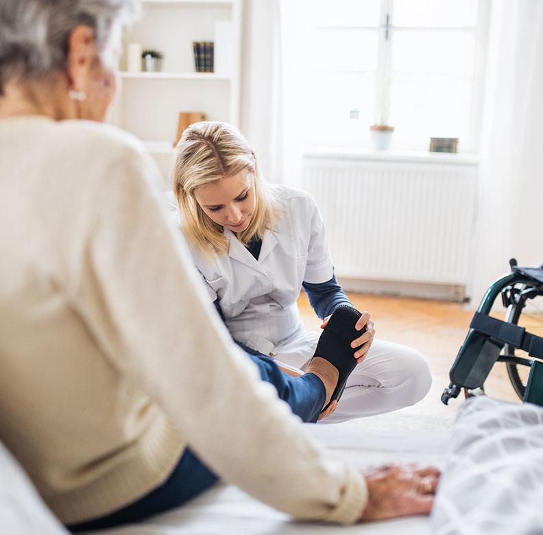 Wie kann ich Pflegesachleistungen in Anspruch nehmen?